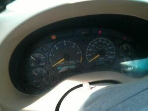 Speedometer US Column Shift With Tachometer Fits 98 BLAZER S10/JIMMY S15 3608664