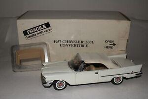 DANBURY MINT 1957 CHRYSLER 300C CONVERTIBLE, WHITE, ORIGINAL, BOXED