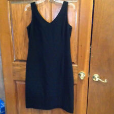 Jones of New York Dress Black Size 12 V-neck Sleeveless Knee Length Lined