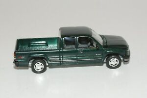 1999 CHEVY SILVERADO PICKUP DIE CAST LIMITED EDITION ADULT COLLECTIBLE W RRS