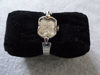 Vintage Wind Up Leon Piradet 21 Jewels Ladies Watch with a Stretch Band