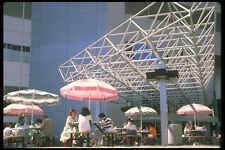 277045 Outdoor CAFE Bell Canada Plaza A4 FOTO STAMPA