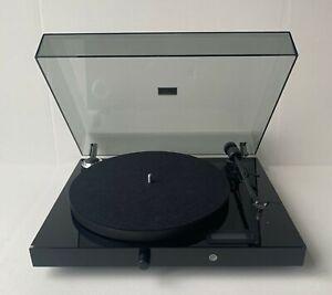 Pro-Ject Juke Box E turntable (Black)