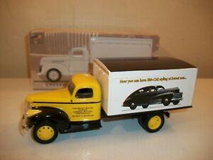 Liberty Classics 1942 Chevrolet 1 1/2 Ton Delivery Van Limited Edition Bank 1/34