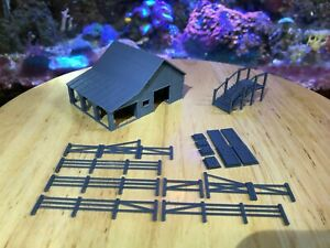 N Scale Small Barn with accessories. 3D printed kit High Detail (Gray)