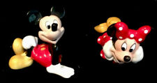 Posing Disney Mickey & Minnie Salt & Pepper Shakers