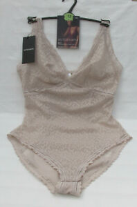 LADIES MARKS AND SPENCER AUTOGRAPH PUTTY NON WIRED LACE BODY SIZE 12
