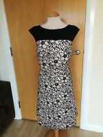 Ladies Dress Size 18 Black Ivory Fit And Flare Party Evening Wedding Races