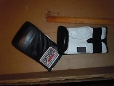 Sports Gear's Boxing Gloves - 10oz