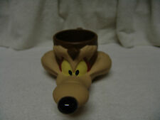 "VINTAGE WARNER BROTHERS 1993 WILLIE E. COYOTE PLASTIC CUP 9"" FREE SHIPPING"