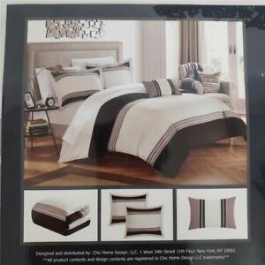 == Chic Home Design Madison 4 PC Duvet Set Queen Cover 2 Shams 1 Pillow DS1148