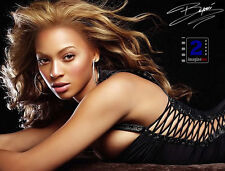 "Beyoncé 10""x 8"" Wow! Signed Color Photo. Reprint"