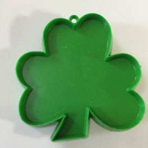 """Vintage Hallmark Cards """"Shamrock"""" Green Plastic Cookie Cutter  #1"""