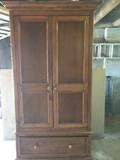 Willis and Gambier Double Oak Wardrobe with drawer