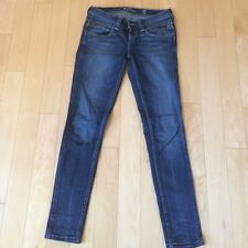 Levi's Skinny Low Rise Jeans. Size 27