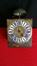 Aiguilles d'horloge et pendule du XIXe siècle