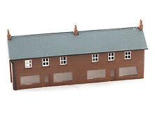 Kestrel GMKD06 - Häuserzeile mit Laden - Spur N - NEU