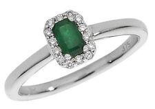 Emerald 9 Carat Cluster Yellow Gold Fine Diamond Rings