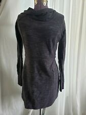 ATHLETA gray and black hooded sweatshirt dress XS fitted, long sleeves