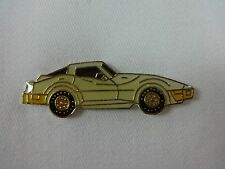 GM Chevrolet Corvette Car White Lapel / Hat Pin Chey