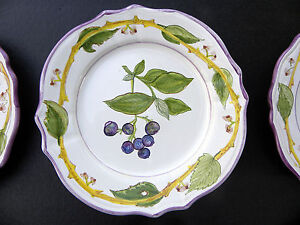 Vintage Italy Majolica Nova Rose  Plate Pierced Rim Italy Hand Painted 8 18