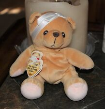 SARA ~ 1998 PRECIOUS MOMENTS TEDDIE TEDDY BEAR WITH THE HEART OF GOLD W/ TAGS