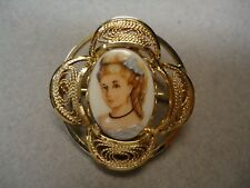 Vintage 12K Gold Filled WIRE ART Filigree Lace Frame Lady Cameo Brooch Pin