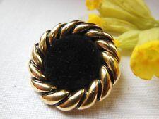 bouton doré  en acrylique coeur tous dous veloours année 80/90 diamètre 3 cm G19