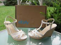 Jessica Simpson Javawn Womens size 9.5 White Wedge Platform Heel Sandal Shoes
