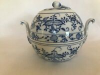 MEISSEN GERMANY BLUE ONION SOUP TUREEN 3 QUARTS BEAN POT SHAPE 8.25 TALL FLAWED
