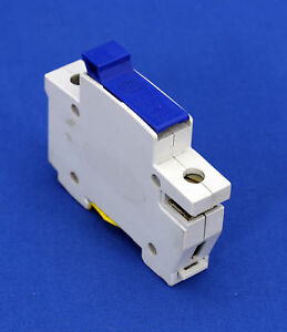 WYLEX NSC15 15 AMP 240V FUSE CARTRIDGE CARRIER HOLDER BS-FUSE INCLUDED
