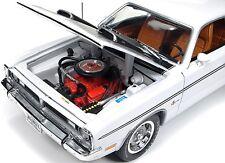 1971 Dodge Demon WHITE 1:18  Autoworld 1096
