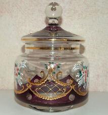 Deckeldose. Glas mit Purpur-Überfang und Emailmalerei. Wohl böhmisch um 1900