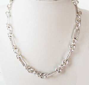 DESIGNER INSPIRED 16 in SILVER TONE TEXTURED OVAL CABLE CHAIN TOGGLE NECKLACE