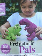Dinosaurio Tejer patrón King Cole Aran /& dk T Rex Triceratops Stegosaurus 9093