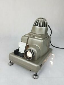 Braun Paximat Slide Projector With Original Case Tested Working Cond.