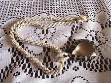 Collar de Abalorios Cluster De Cerámica Blanca-incrustaciones Abalone sobre madera Lágrima Colgante