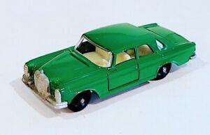 43-C1 Near MINT!! Mercedes 300SE Lesney Matchbox circa '68