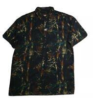 Globe NWT Men's Short Sleeve Blue Denim Style Shirt Size M