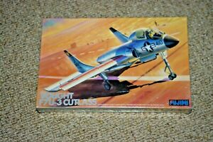 ACADEMY VOUGHT F7U-3 CUTLESS 1/72 Scale