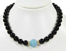 Außergewöhnliche Edelsteinkette aus Onyx mit einer Aquamarin-Perle