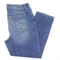 Chico's Platinum Womens Jean Capris Size 8 Blue Mid Rise Light Wash Denim Pants