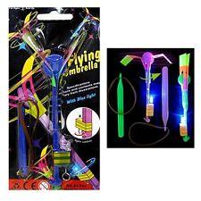 Flying Umbrella fliegendes Spielzeug mit Licht Ca. 21 5cm Flieger Mitgebsel K