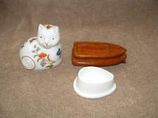 Beautiful Painted Ceramic Porcelain Kitty Cat Figurine Treasure Box With Stand