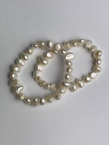 Pearl Bracelet set of 2 White irregular Fresh Water Pearl Beads Elastic