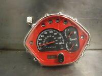 PIAGGIO VESPA GTS IE 300 SPEEDO CLOCKS 43052KM