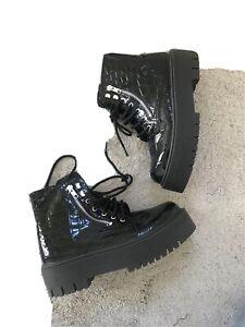 NEW! TOPSHOP BLACK PATENT CHUNKY PLATFORM FLAT LACE UP BOOTS UK 6 39