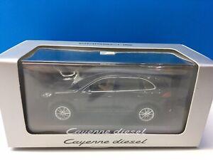Porsche Cayenne diesel 958 Minichamps 2015 1:43 caoba mahogany Metallic brown