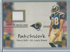 2001 Fleer Showcase #PW-21 Torry Holt   Game Used Jersey Card