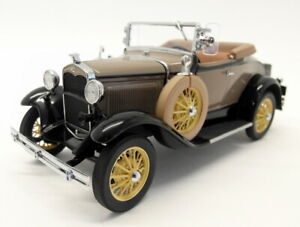 Danbury Mint 1/24 Scale Diecast - A101 1931 Ford Model A Roadster Brown